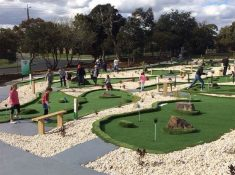 Sandy Mini Golf