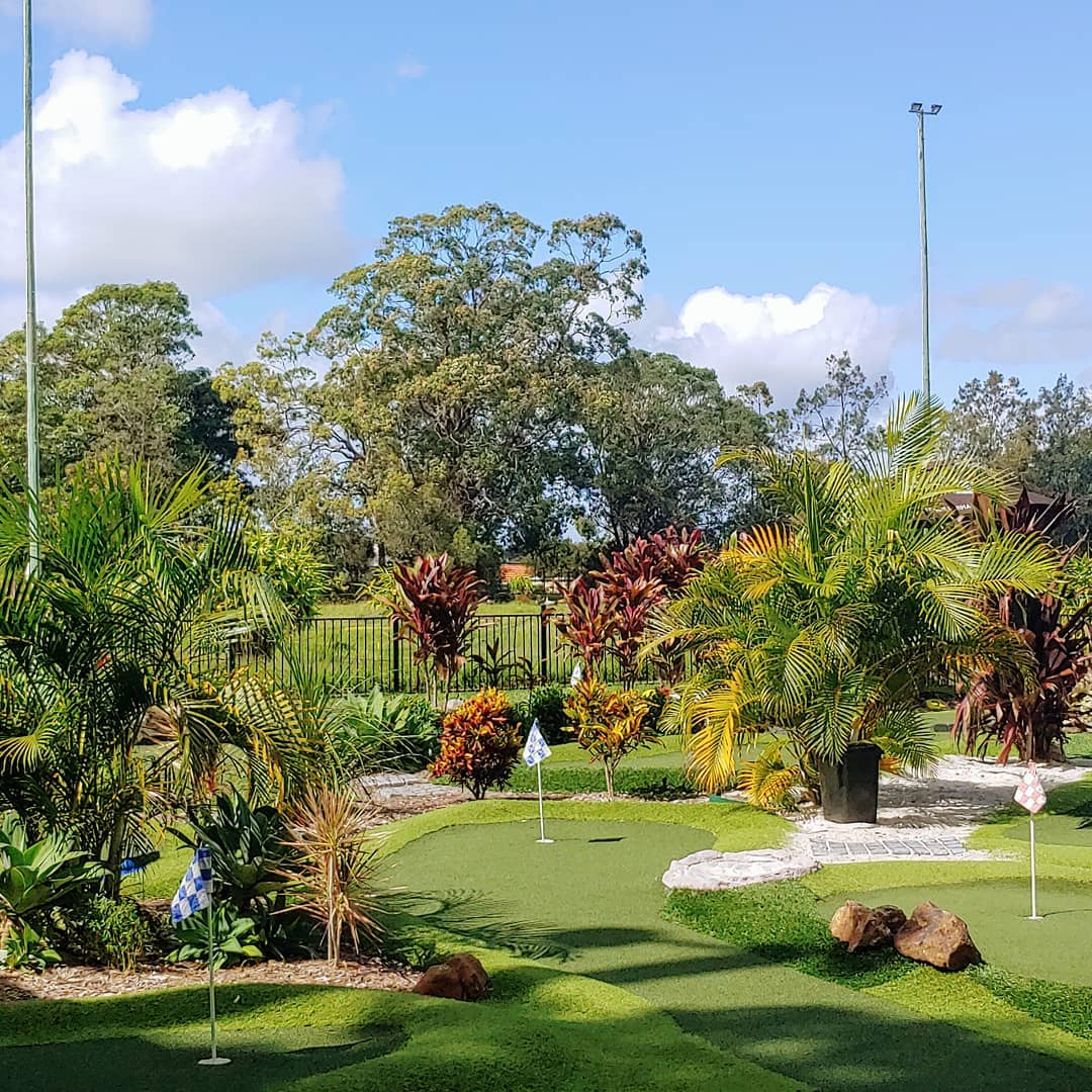 Mt Gravatt Mini Golf