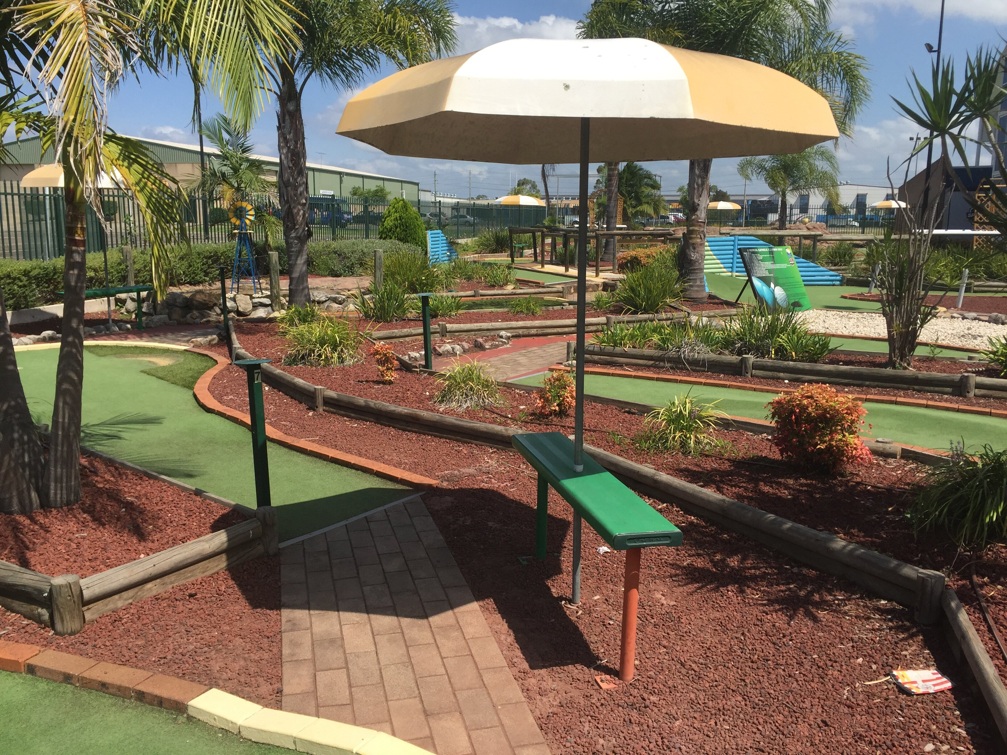 sydney mini golf